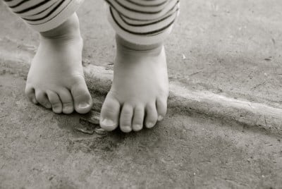 Learn a foreign language - Our Philosophy - Small Baby Feet