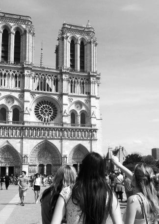 Cultural Outings - Notre Dame Free Guided Tour
