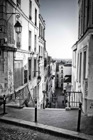 Babylangues-paris-Stairs in Montmartre