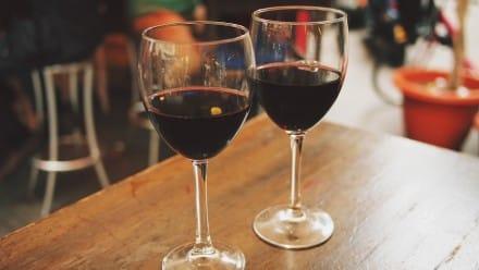 The best wine bars in paris - Wine bar evening in Paris