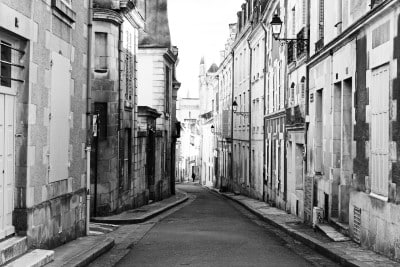 Jobs in Poitiers for English Speakers - Old Street