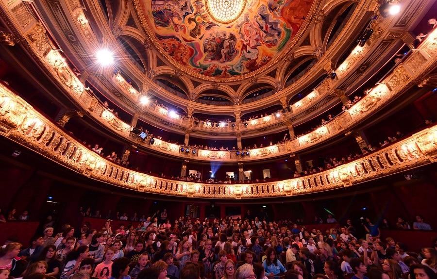 Le-theatre-de-l-Odeon-occupe-par-des-intermittents