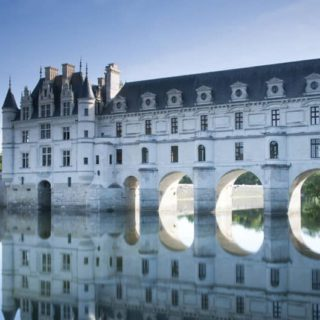 a picture of one of the châteaux - Chenonceau