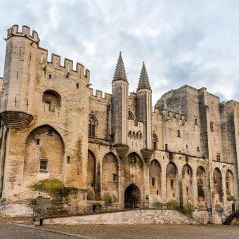 Live in Avignon