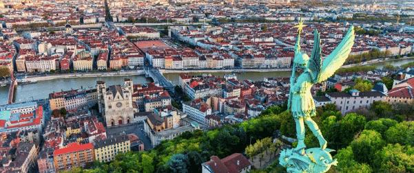 Find an English speaking job in Lyon