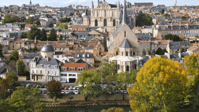 Find a job in Poitiers
