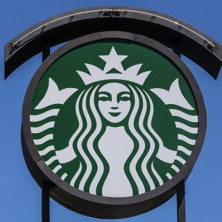 How to find a job at Starbucks in Paris?
